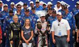 Kahne wins Loudon, teammates in top 10