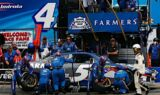 Kasey Kahne's No. 5 team at Loudon