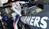Kasey Kahne and the No. 5 team at Pocono